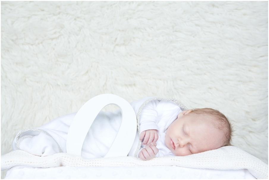 CT Newborn Shoot001