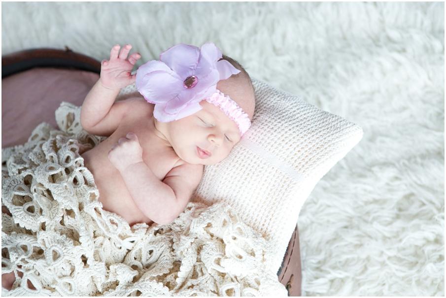 CT Newborn Shoot002